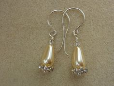 Earrings Cream pearl teardrops and rhinestone by violetsparks