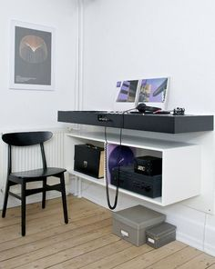 turntable console - Ulrik Bebe More