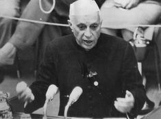 If you are an Indian, then you would know about Jawaharlal Nehru. He is one of the famous personalities of India. He was the one who took the lead after the independence of India and was the first prime minister on India. First Prime Minister, Jawaharlal Nehru, India Independence, People Like, History Pics, Anniversary, Memories, Celebrities, Indian