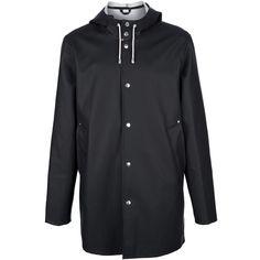 Stutterheim Stockholm Raincoat (330 SGD) ❤ liked on Polyvore featuring outerwear, coats, rubber rain coat, rubber raincoat, rain coat, hooded raincoat and long sleeve coat
