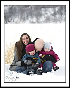 family in the snow - sugar six photography