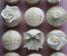 ~ these would be so pretty for a wedding shower.