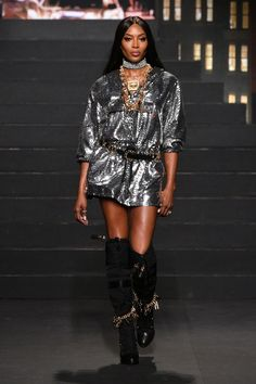 Highlights from the H M x Moschino show in New York 08ec0080da6