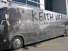 Keith Urban's Tour Bus - Keith Urban Photo (3594491) - Fanpop