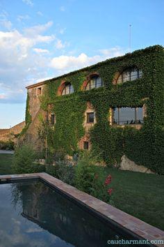 Encís d'Empordà, hechízate con los colores del Empordà. Lugares con encanto. Ruralka hotel con encanto. Escapadas. Casavells. www.caucharmant.com
