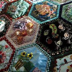 Gypsy quilt of hexagonal patches embroidered and embellished in the style of crazy patchwork. Crazy Quilting, Crazy Quilt Stitches, Crazy Quilt Blocks, Quilt As You Go, Hexagon Quilt, Quilt Stitching, Hand Stitching, English Paper Piecing, Ribbon Embroidery