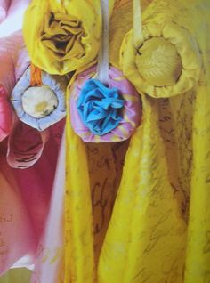 Beautiful French fabric by Carolyn Quartermaine India Colors, Vibrant Colors, Petal Pushers, Yellow Interior, Bohemian House, French Fabric, Textiles, Designers Guild, French Decor