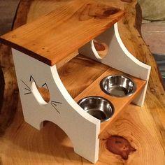 Hometalk | Repurposed Foot Stool to Cat Feeder
