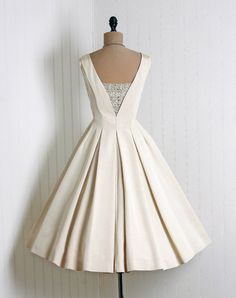 1950's silk party dress vintage wedding retro wedding full skirt circle skirt sweetheart neck sleeveless back