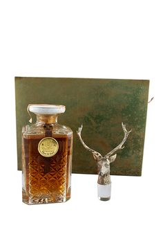 Glenfiddich means 'Valley of the Deer', so it's no surprise that a magnificent stag is depicted on the stopper of this decanter bottling from Glenfiddich. One of Visit Scotland's 'Big 5' Animals, this bottling is on display at The World's Largest Collection of Scotch Whisky