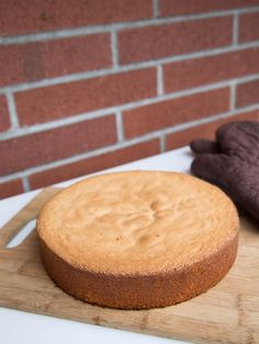 Updated July 16, 2013 This is a very simple way of preparing a sponge cake. This process is similar to preparing a boxed cake, but avoids the preservatives. The cakes always turn out perfect and leveled. I use this cake in many recipes, such as Tiramisu and Prune Walnut Cake.