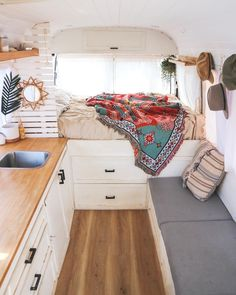 Looking for some inspiration for your camper build? Check out article on the Top Ten Best DIY Camper Van Conversions to give you some ideas. Diy Camper, Camper Life, Build A Camper, Camper Beds, Bus Life, Rv Campers, Van Living, Tiny House Living, Camper Van Conversion Diy