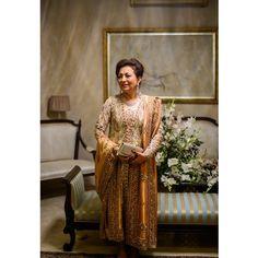 Farah Talib Aziz at her daughter's wedding #ATF #LH #portrait #indoor #FTAdesigns #farahtalib #wedding #winterweddings #amanhouse #nikon #d600 #vsco #VSCOcam #pakistanievents #events
