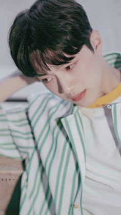 Actors Male, Guan Lin, Lai Guanlin, Dream Boy, Bts And Exo, Chinese Boy, 3 In One, Movie Characters, Boyfriend Material