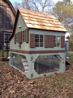 What a lovely little chalet style coop. chicken houses mini