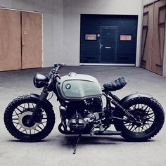Discover a handful of my best builds - unique scrambler concepts like Bike Bmw, Bobber Motorcycle, Bmw Motorcycles, Vintage Motorcycles, Custom Cafe Racer, Cafe Racer Bikes, K100 Scrambler, Triumph Scrambler, Bmw R100