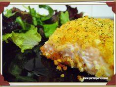 Salmón con costra de naranja y parmesano
