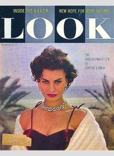 So many Sophias: Sophia Loren in covers – Look 1957