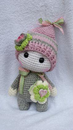 Kuscheltiere - Puppe...Ich beschütze Dich.. Wichtel Alwin - ein Designerstück von NellyMarleen bei DaWanda