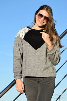 crearetro-retropulli-4 Raglan, Tops, Women, Fashion, Contrast Color, Sewing Patterns, Moda, Fashion Styles, Fashion Illustrations