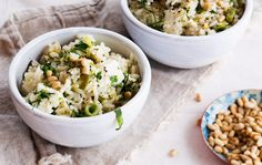 Jämäriisistä valmistuu herkullinen, kreikkalainen prasorizo. Tarjoa fetajuustolla höystetty herkku pääruokana tai lisukkeena.