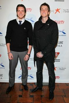 """Oliver Phelps and James Phelps Photo - 11th Annual """"Comedy For A Cure"""""""