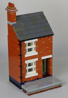 Hi everyone, I've been working on this simple little building for months but I have finally finished it. Rows of these Victorian terraced houses can be foun...