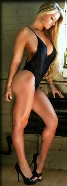 Girl hot sexy http://phatloc.com.vn/mua-dien-thoai-tra-gop-iphone-6