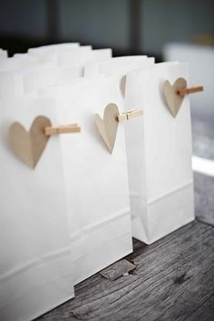 Dianthusa-Paris: Ideas para bolsitas de regalo // Gift bags (DIY)