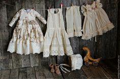 Купить интерьерная коллекционная текстильная кукла Маленькая птичница Амели - бежевый, коллекционные куклы