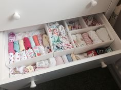 Baby's draw organisation.