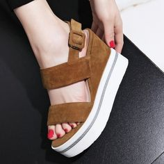 59.56$  Watch here - http://aivlv.worlditems.win/all/product.php?id=32799310225 - Black Apricot Suede Open-toed Thick Crust Creepers Slope Heels Womens Wedges Sandals Open-toed 2017 New Design Thick Bottom Shoe