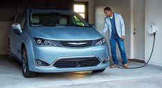Chrysler Details 2017 Pacifica Hybrid Minivan Gets Remote Access Features