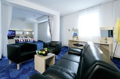 Appartment / apartment Atrium, Vienna Hotel, Best Rated, Corner Desk, Table, Furniture, Home Decor, Contemporary Design, Corner Table