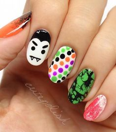 Marble and ombre ideas halloween-nail-art - 50 Cool Halloween Nail Art Ideas Halloween Nail Designs, Halloween Nail Art, Cool Nail Designs, Easy Halloween, Halloween Magic, Halloween Halloween, Hair Designs, Candy Corn Nails, Ten Nails