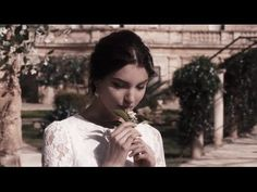 Lia is given some flowers and a kiss by a little boy from one of the field workers. Dolce by Dolce & Gabbana. Music Tv, Live Music, Music Songs, Good Music, Music Videos, Dolce And Gabbana 2017, Dolce And Gabbana Fragrance, Marco Antonio Solis, Romeo Santos
