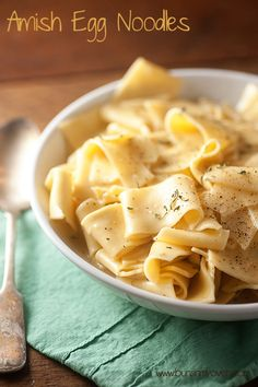 Amish Egg Noodles-do with homemade croutons? Buy Amish wide noodles at Marsh. Pot Pasta, Pasta Dishes, Food Dishes, Side Dishes, Egg Noodle Recipes, Pasta Recipes, Dinner Recipes, Cooking Recipes, Pasta Meals