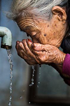 Water is life . Vietnam