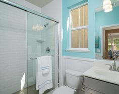 Homes With Blue Bathrooms Sell for $5,440 More Than Expected