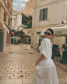 It's apparent which typically Kendall Jenner has rapidly confirmed herself becoming a supermodel-in-the-making. Kris Jenner, Kendall Jenner, Kylie Jenner Outfits, Kylie Jenner Photoshoot, Looks Kylie Jenner, Kylie Jenner Style, Kylie Jenner Beach, Kylie Jenner Icons, Kylie Jenner Instagram