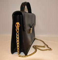 Vintage Gucci Black Leather Flat Handbag Purse Double GG Logo Gold Chain Strap #Gucci #Handbag