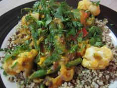 Isa Does It red sweet potato curry with cauliflower & adzuki beans - Vegansprout reviews