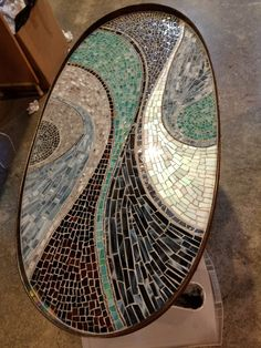 Mosaic Coffee Table, Antique Coffee Tables, Mosaic Projects, Furniture Making, Mirror, Studio, Yellow, Antiques, Rose