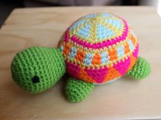 Jacinta the colorful turtle / amigurumi in acrylic yarn made with tapestry crochet technique.