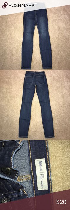 GAP Women's Skinny Jeans - size 24 GAP Women's Skinny Jeans - size 24. Great shape, no holes! GAP Jeans Skinny