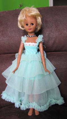 Śliczna lalka sygnowana, oryginalna uroda, 40 cm Girls Dresses, Flower Girl Dresses, Wedding Dresses, Fashion, Antique Dolls, Bridal Dresses, Moda, Dresses For Girls, Bridal Gowns