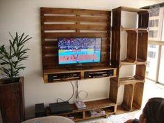 Hier ist ein guter Weg, um ein Möbel für das TV die Kombination verschiedener Elemente rezyklierte, eine Palette und ein paar Obstkisten erstellen. Verwendung der Boxen ist es sehr einfach, um ein …                                                                                                                                                                                 Mehr