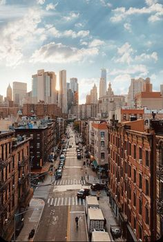 A New York City Travel Playlist - Passion Passport, City Aesthetic, Travel Aesthetic, Photographie New York, Ville New York, Voyage New York, New York City Travel, City That Never Sleeps, Concrete Jungle, City Photography