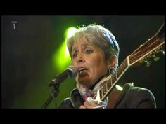 Joan Baez - We Shall Overcome - Vaclav Havel - Prague 2009 Thank you, Mr. president ♥