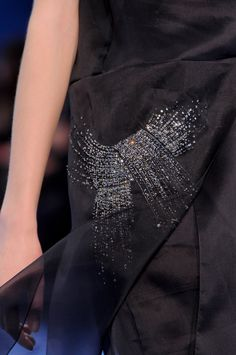 Christian Dior Fall 2013 Ready-to-Wear Detail Couture Details, Fashion Details, Timeless Fashion, Love Fashion, Paris Fashion, Fashion Women, Abaya Fashion, Couture Fashion, Christian Dior
